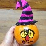 ハロウィーン用の本物のかぼちゃを飾ってみたよ♪