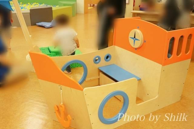 リニューアルしたキドキドテラスモール湘南店船の遊具の写真