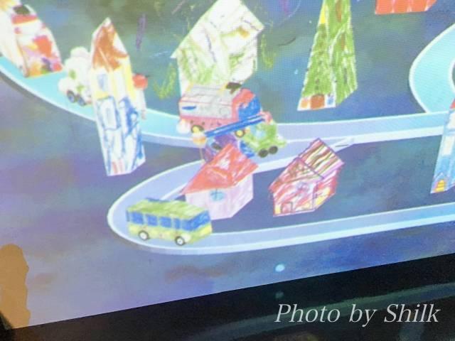 ららぽーと湘南平塚のチームラボ内:お絵描きタウン