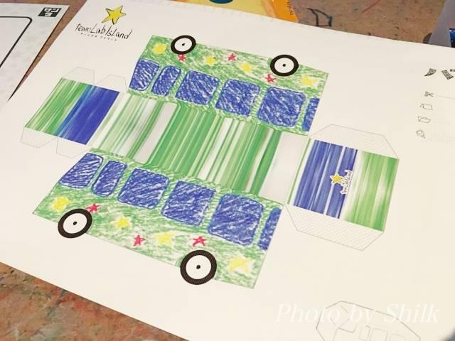 ららぽーと湘南平塚のチームラボ内:お絵描きタウンペーパークラフト