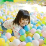 天候に関係なく子供を思いっきり遊ばせられる屋内遊び場まとめ