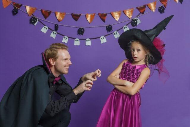 ハロウィンドラキュラと魔女