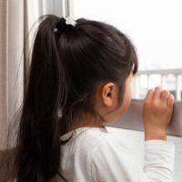 小学校低学年の子供に一人で留守番をさせるときどうする?