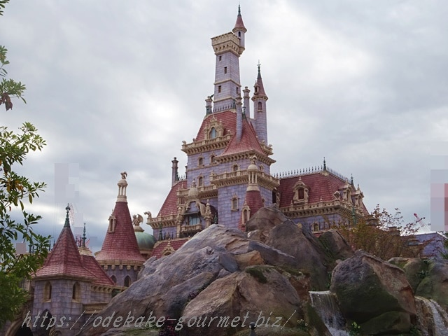 tdl美女と野獣のお城昼の写真