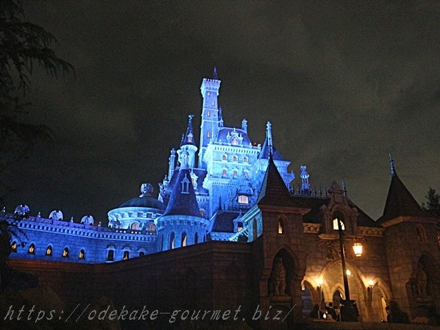 tdl美女と野獣のお城の写