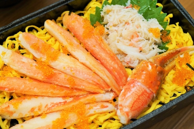 カニ寿司のイメージ写真